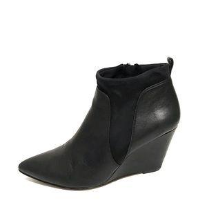 Bella Vita | Black Leather Ankle Boots Sz-8M